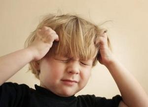 幼年压力影响脑部病变