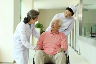 【医生故事】勤奋的老居